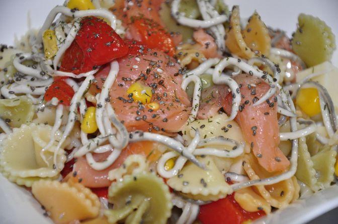 Ensalada de salmón con pasta