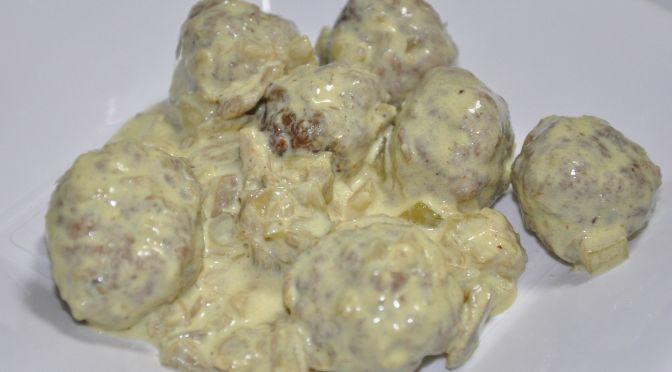 Albóndigas con salsa de setas a la pimienta