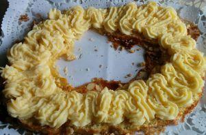 corona-con-crema-pastelera