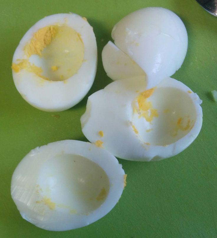 Huevos cocidos sin yemas