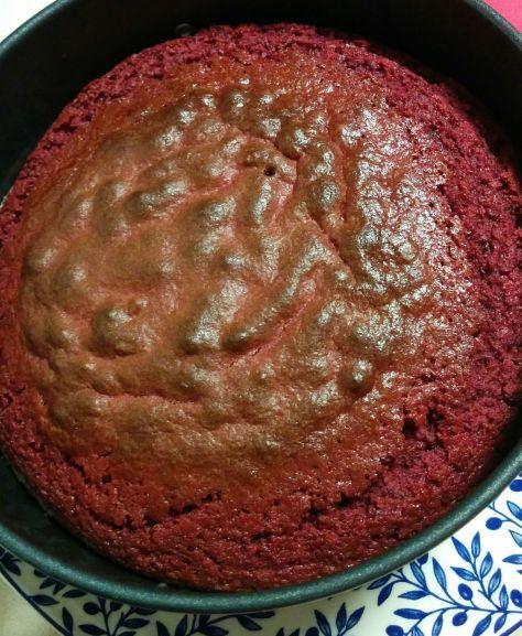 Bizcocho red velvet en molde