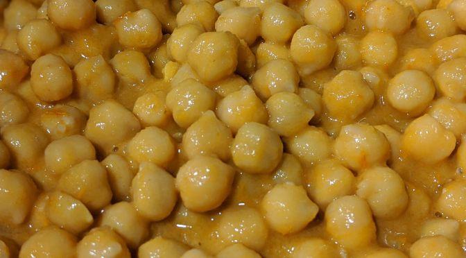 Garbanzos con salsa kumato