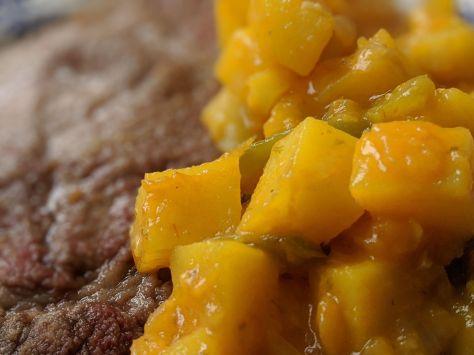 Filete con patatas guisadas con pimientos